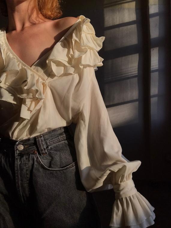 Vintage statement blouse, white puff sleeve ruffl… - image 7