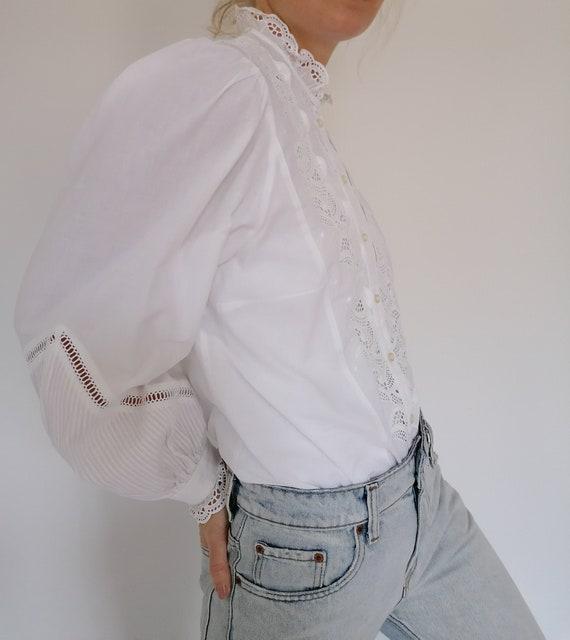 Vintage blouse L U I S E costumes Austrian bavaria