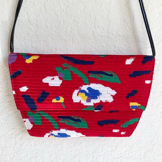 Bold Red Brushstroke Floral 80's Pleated Purse