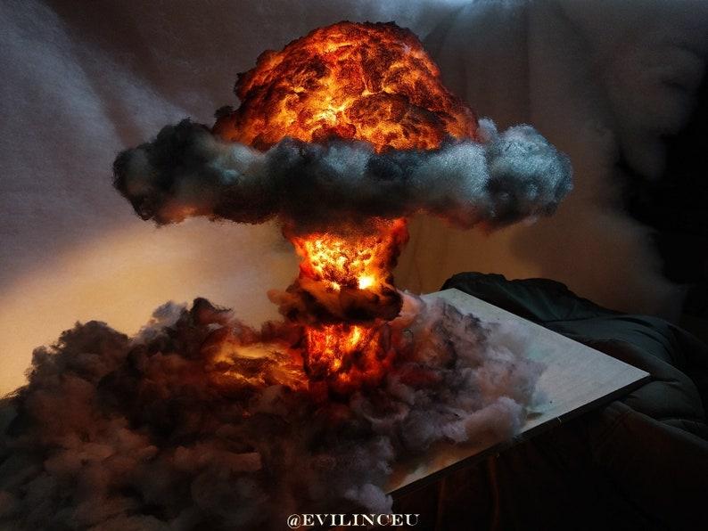 Nuclear Explosion Bomb Diorama model LIGHT night lamp nuke image 0