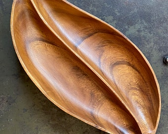Monkey Pod Style Mid Century Wooden Serving Bowl Vintage