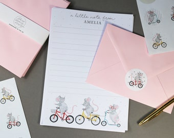 Personalised children's cute mice writing paper with coloured envelopes & stickers - Personalise with your name! - Makes a lovely gift!