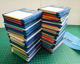 "90 x AMIGA 3.5""  Floppy Disks  USED random disks.. DSDD sold as blanks"