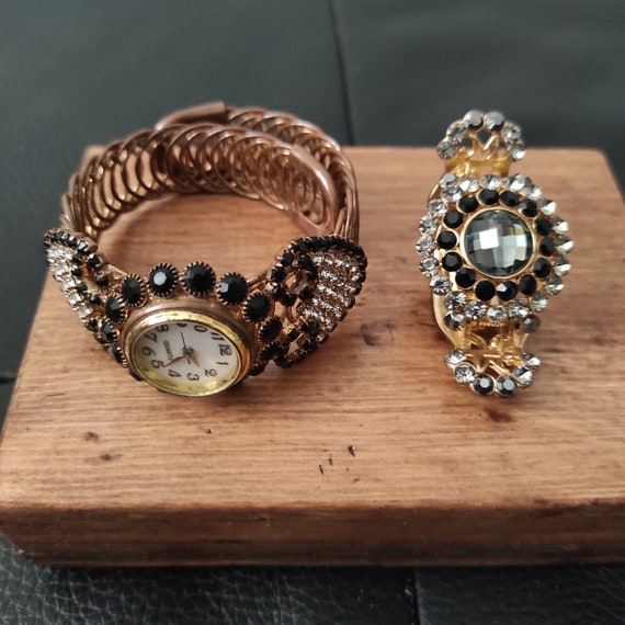 Hair Claw Clip and Watch, Vintage Accessories