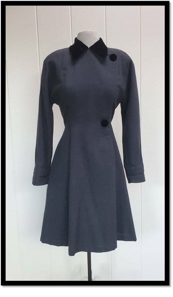 Vintage 80s St. Gillian Petite 100% wool dress Sz