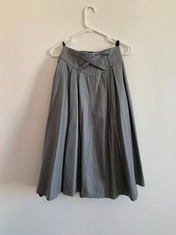VINTAGE leather midi skirt   Grey   Pleated