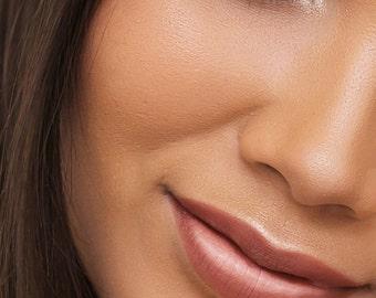 Muah Cosmetics Vinyl Lip Lacquer | Preach | Nude Shade | 3.5 g | 0.12 us oz.