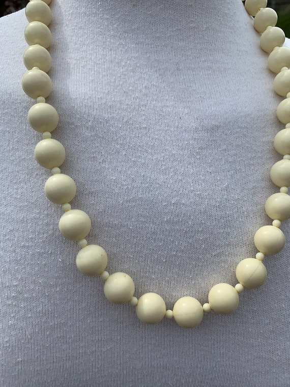 1980s Vintage French Plastic Black /& Cream necklace