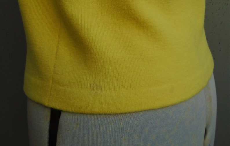 Original Vintage Wetherall 1950s Yellow Wool Sweater Top Jersey Pullover Dolman T Shirt 50s 60s 1960s