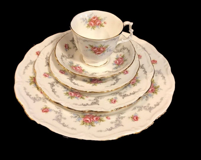 "Royal Albert's Floral Pattern ""Tranquility"" Bone China Dinner Set 4 Table Settings-Holiday Time!"