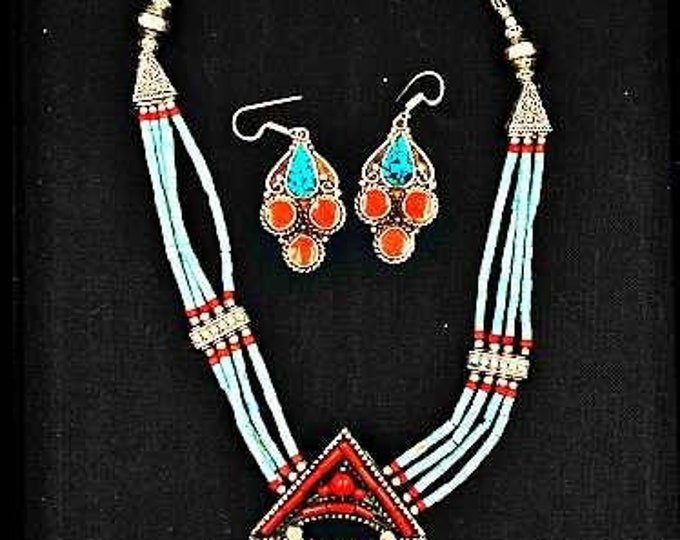 Ethnic Handmade Natural Beads Gem Stones Copper Inlay Silver Nepalian Long Necklace Pendant Set