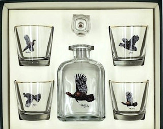 Richard E. Bishop Waterfowl Decanter 4 Tapered Glass Set