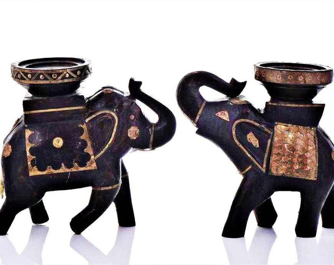 Distinctive Elephant Design Well Carved Candle Holder Set - Apply 20% Off