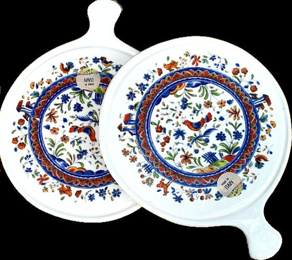 A Pair Of Trivets Hand Painted Ceramic Made In Italy
