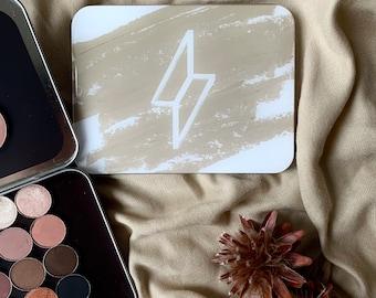 "B stock: Magnetic eyeshadow palette design ""Nude"" medium-sized (empty)"