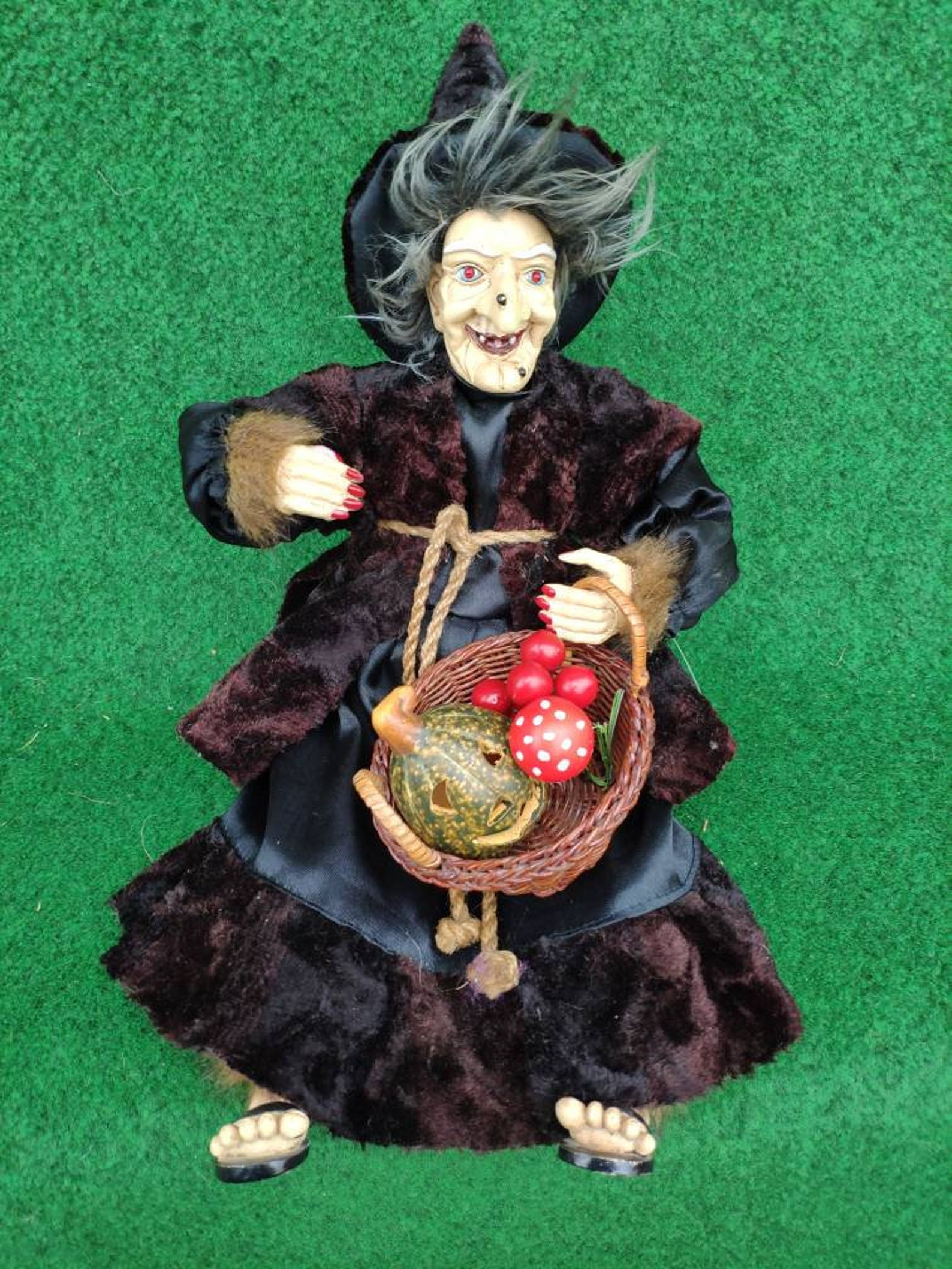 German Good luck Kitchen Witch doll with light and sound, Fairy Witch with basket and pumpkin Halloween decoration