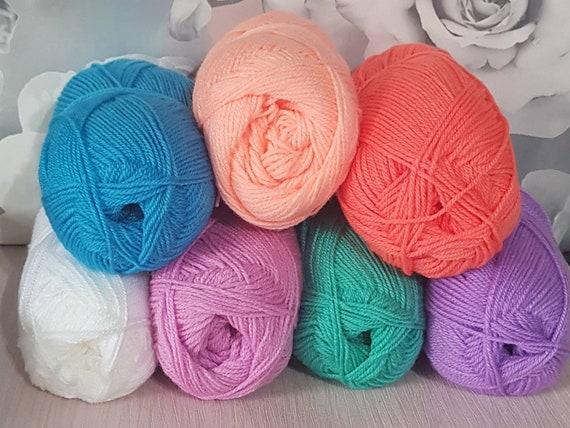 7 x 5 m Rainbow Yarn Wool Job Lot Knitting Crochet Crafts Toys Pompoms