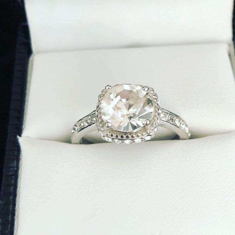 Stunning size 8. large CZ and sterling ring
