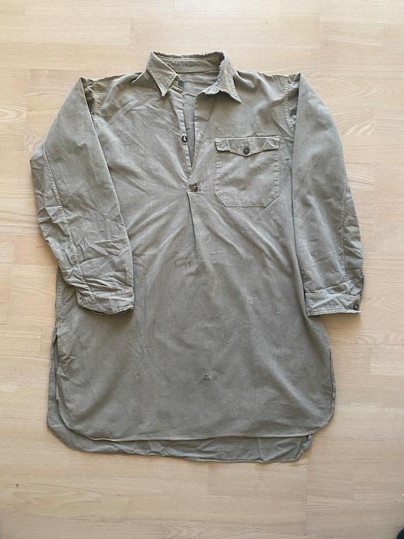 Vintage 1930s / 1940s swedish army popover shirt.