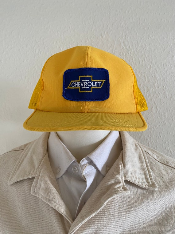 Trucker snapback cap.