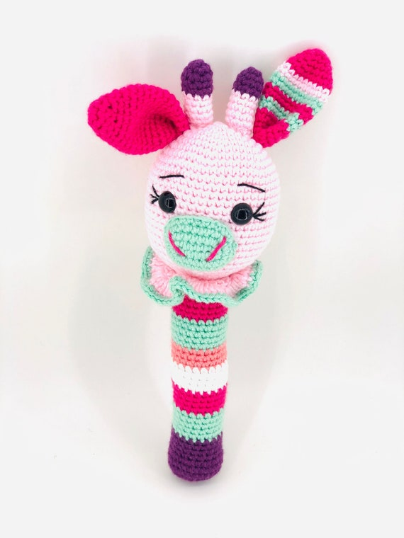 Adorable Knitted Bunny - Free Pattern #crochet #knitting ...   760x570