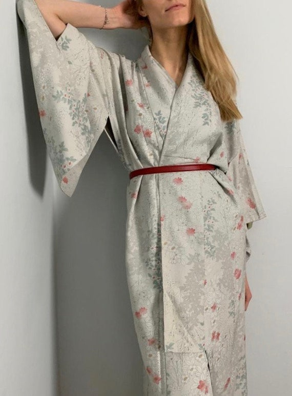Vintage Japanese 1920's / 1930's silk pretty paste