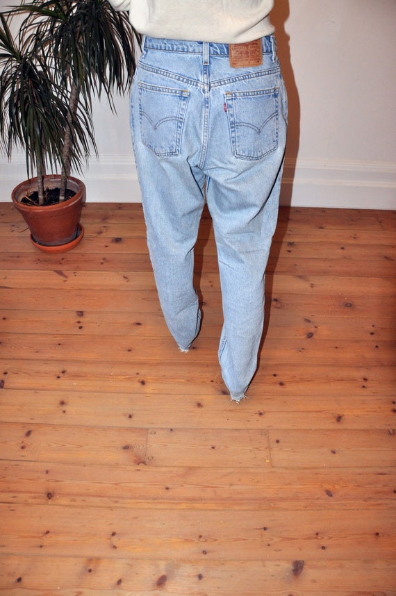 Rare Vintage LEVI'S boyfriend jeans ( Tapered Fit)