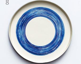 Porcelain tray 23cm/9in in utilitarian and decorative diameter!