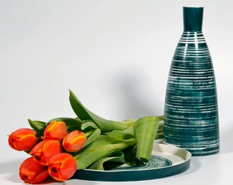 Large bottle 920ml/31oz. or white and green porcelain vase utilitarian and decorative!