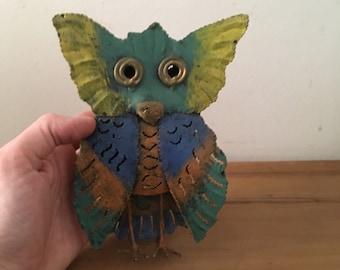 Handmade 3D Metal Owl. Handcrafted Naïf Decorative Owl. Owl Yard Art.