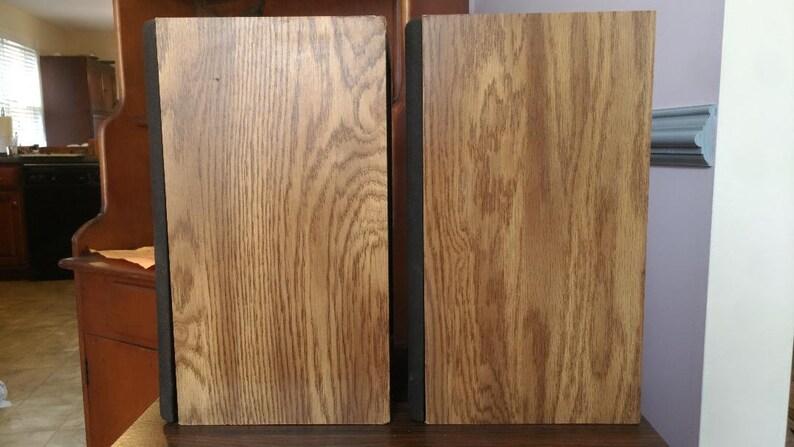 Infinity RS10B bookshelf speakers in very good condition