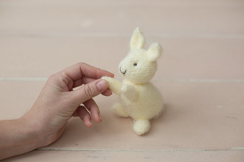 Knitted toy bunny newborn photography props.