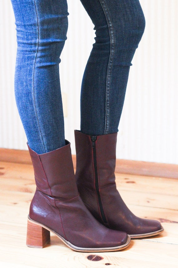 Burgundy leather vintage mid calf boots with chunk