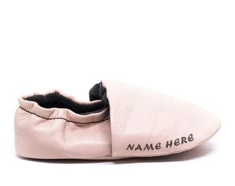 Wolfaby, Name personalized Ankle leather baby shoe, soft sole, baby moccasins, crib shoe, for baby boy, baby girl, baby gift, toddler shoe