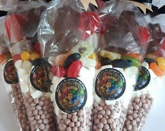 x20 Pre Filled Large Party Sweet /& Chocolate Cones Childrens Kids Gift Bags