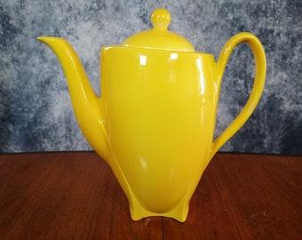 Art Deco english chamber pot made by burleigh ware