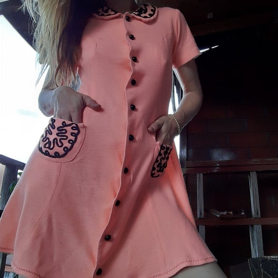 1960's Mod babydoll dress w/ embroidered accents