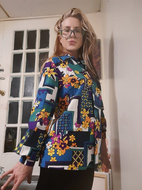 1960's psychedelic floral Lainie J blouse