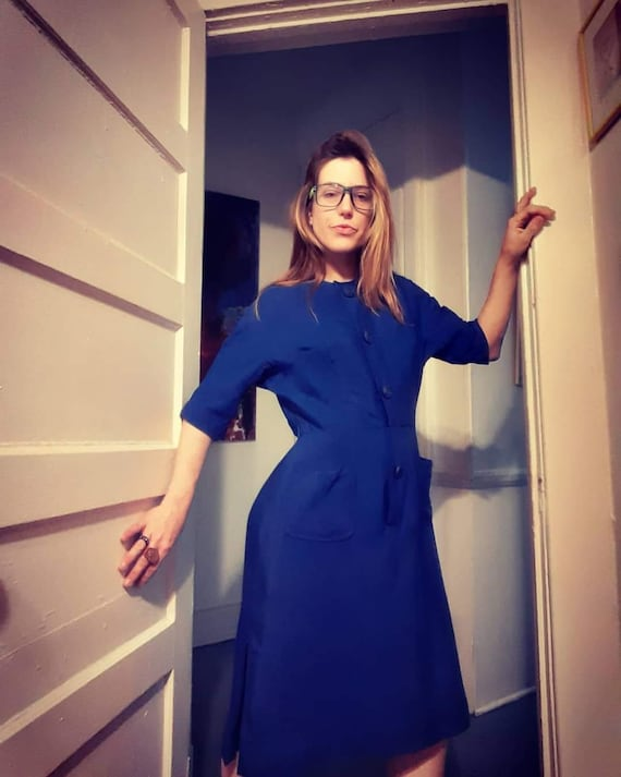 1940's royal blue tea dress w/ carved buttons