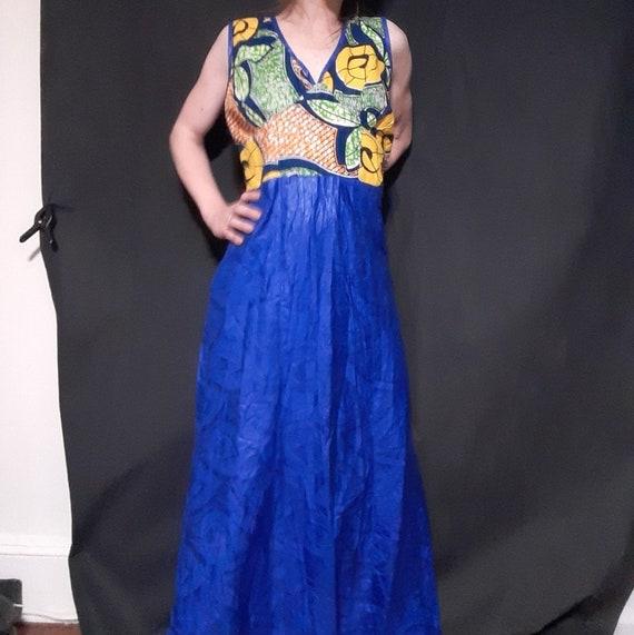 1980's plus sized batik print mermaid maxi dress - image 3