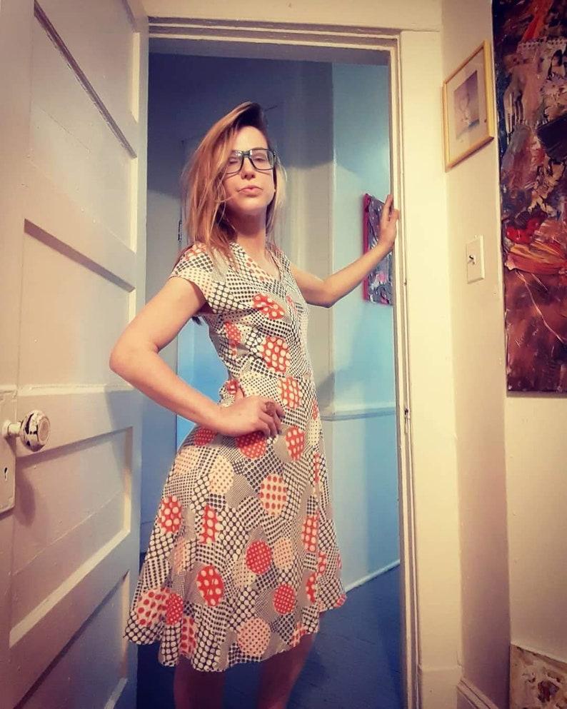 1970/'s day dress w psychedelic polka-dots
