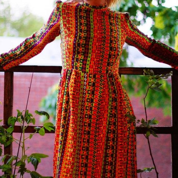 1960's maxi dress w/ psychedelic stripes