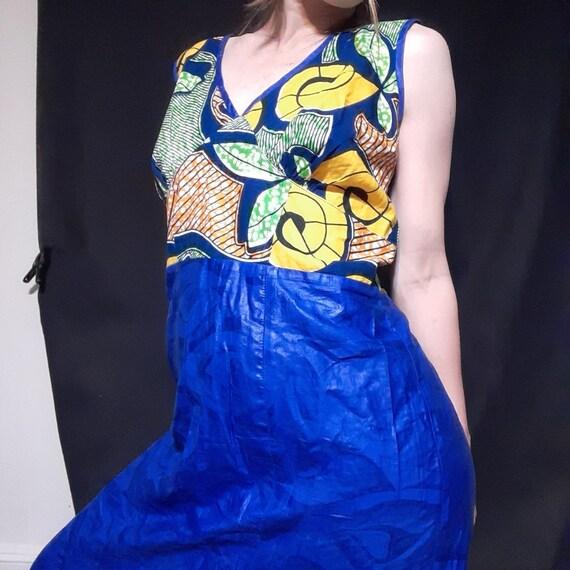 1980's plus sized batik print mermaid maxi dress - image 2