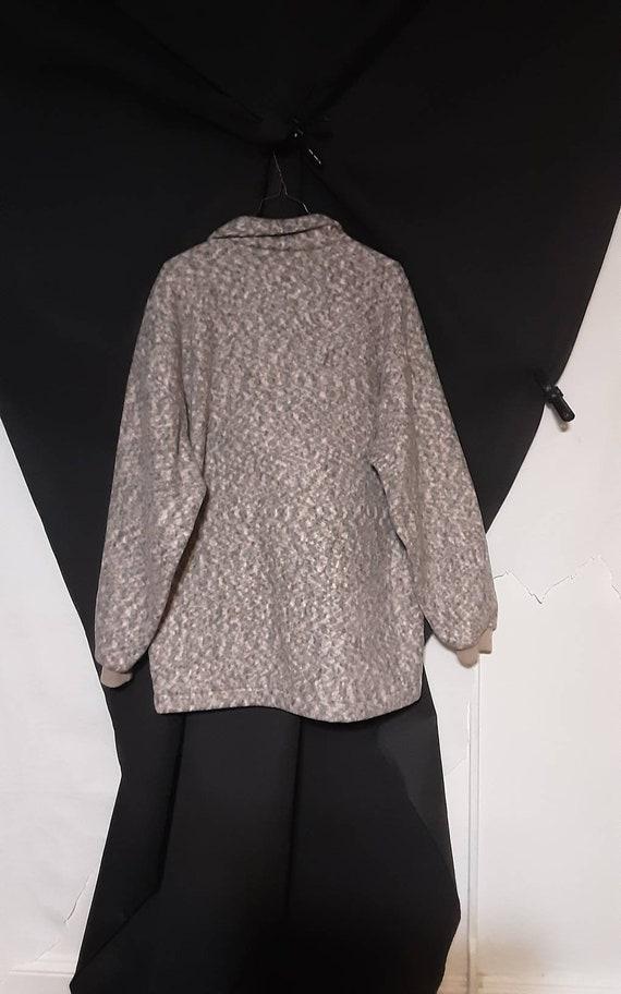 Oversized 1990's fleece jacket - image 10