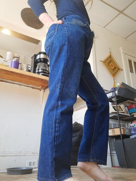 Rare 1980's plus sized straight leg Lee jeans - image 2