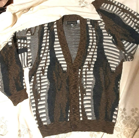 Men's 1980's coogi-style cardigan sweater