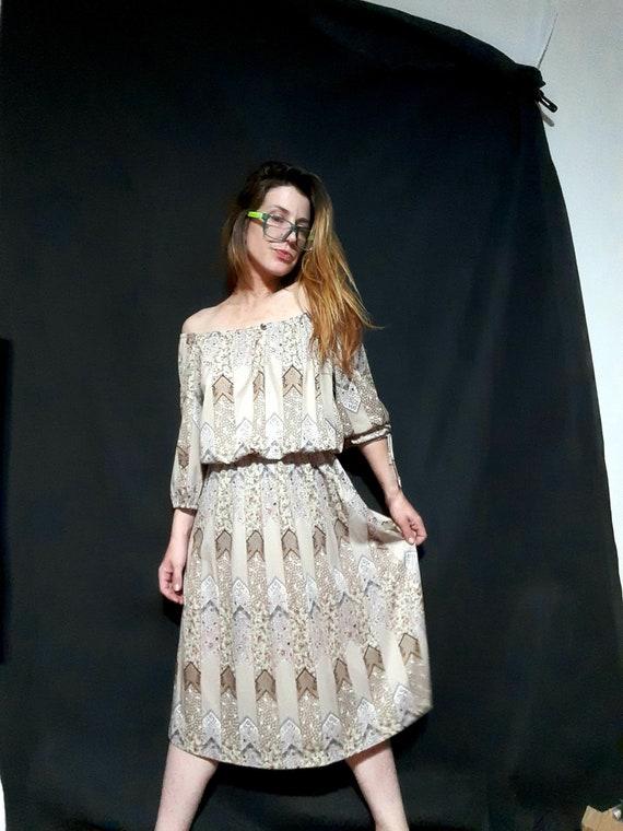 1970's off-the-shoulder patchwork day dress