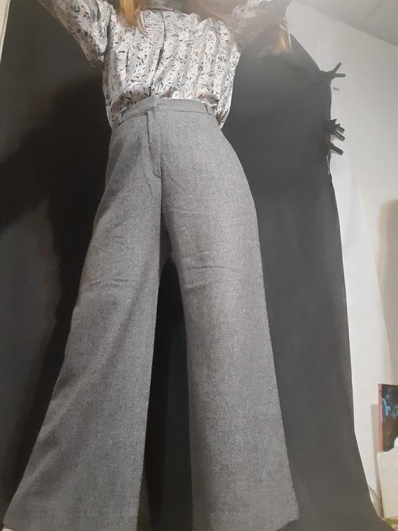 1970's gray wool gauchos by Happy Legs