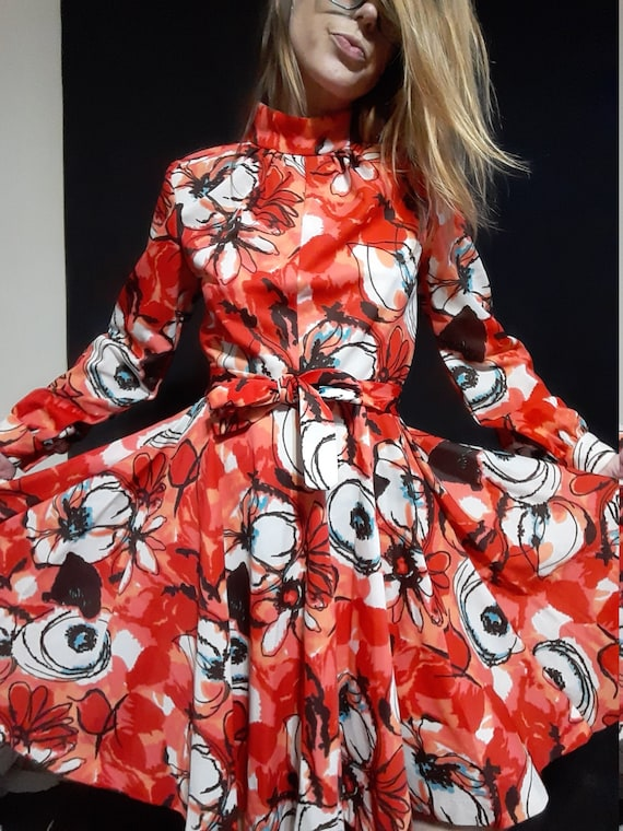 1970's psychedelic floral midi dress