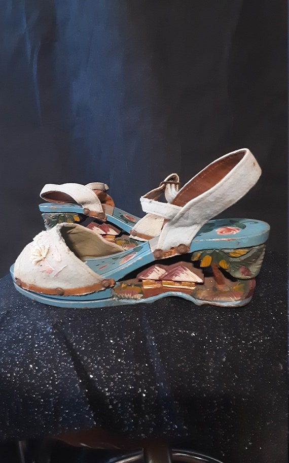 1940's carved wood wedge sandals - image 1